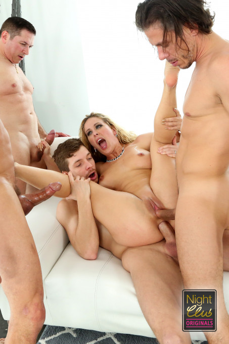 Group Sex Experience 18